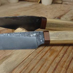 Couteau forgé en lime et charme