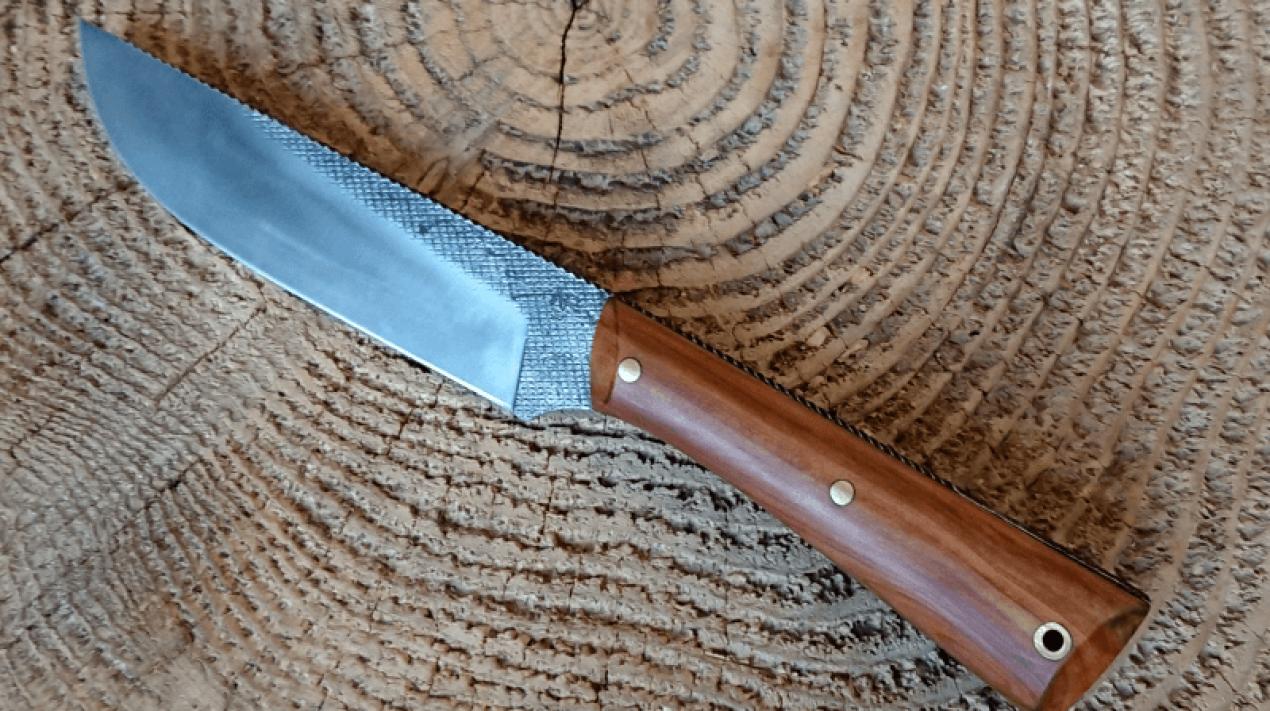 couteau-lime-genevrier